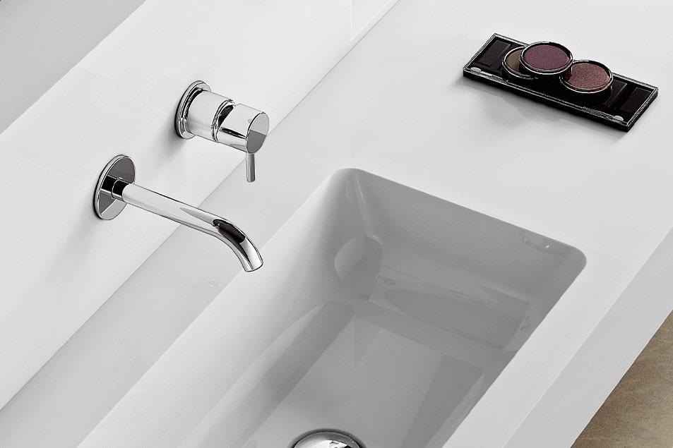 Rubinetto e mischelatore per lavabo bagno Cerasa Simply Short